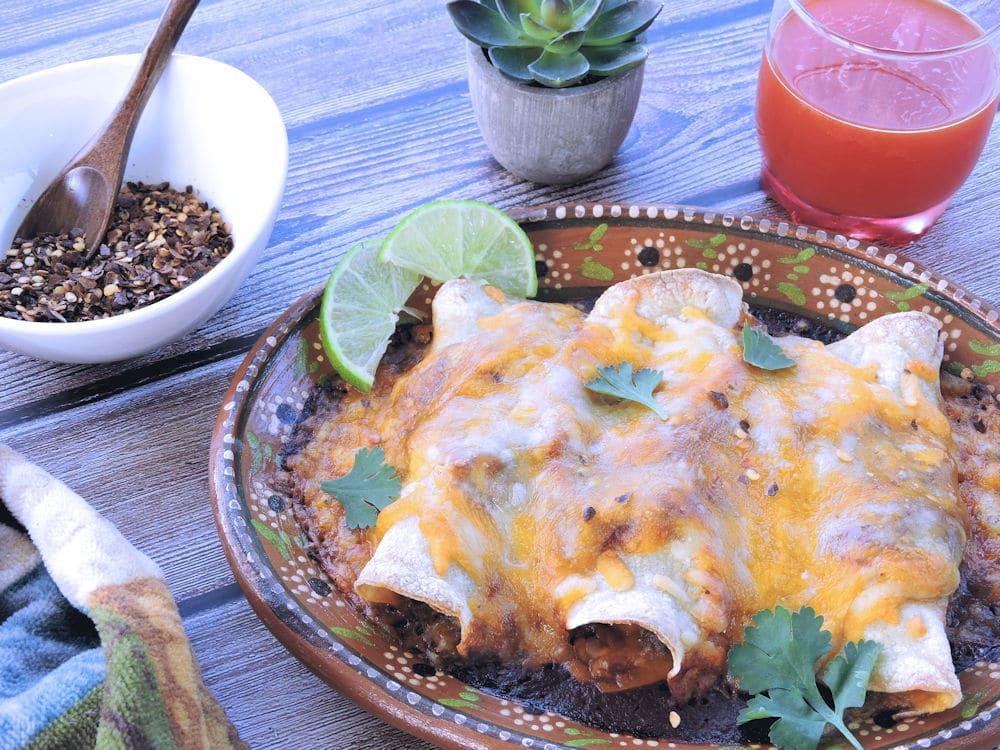 24Bite Recipe: Steak and Green Chiles Enchiladas Recipe by Christian Guzman