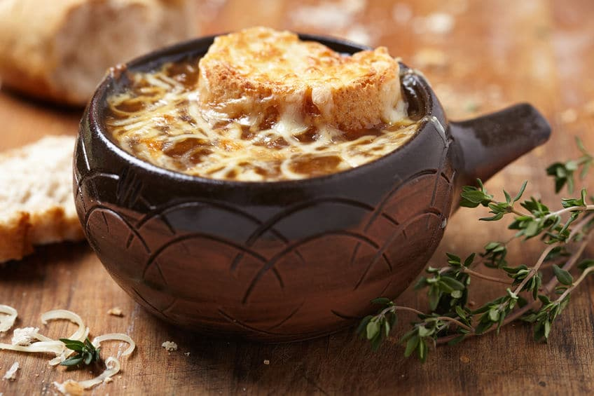 24Bite: French Onion Soup © Elena Shashkina via 123rf.com