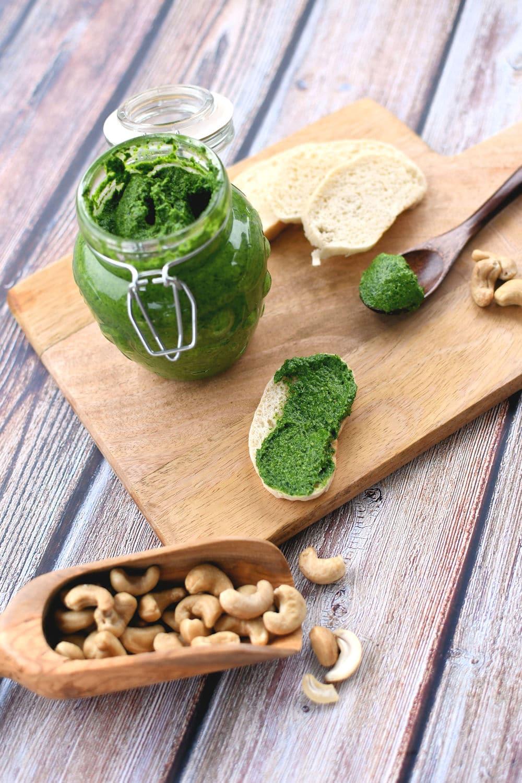 24Bite.com: Vegan Spinach Pesto Recipe by Christian Guzman