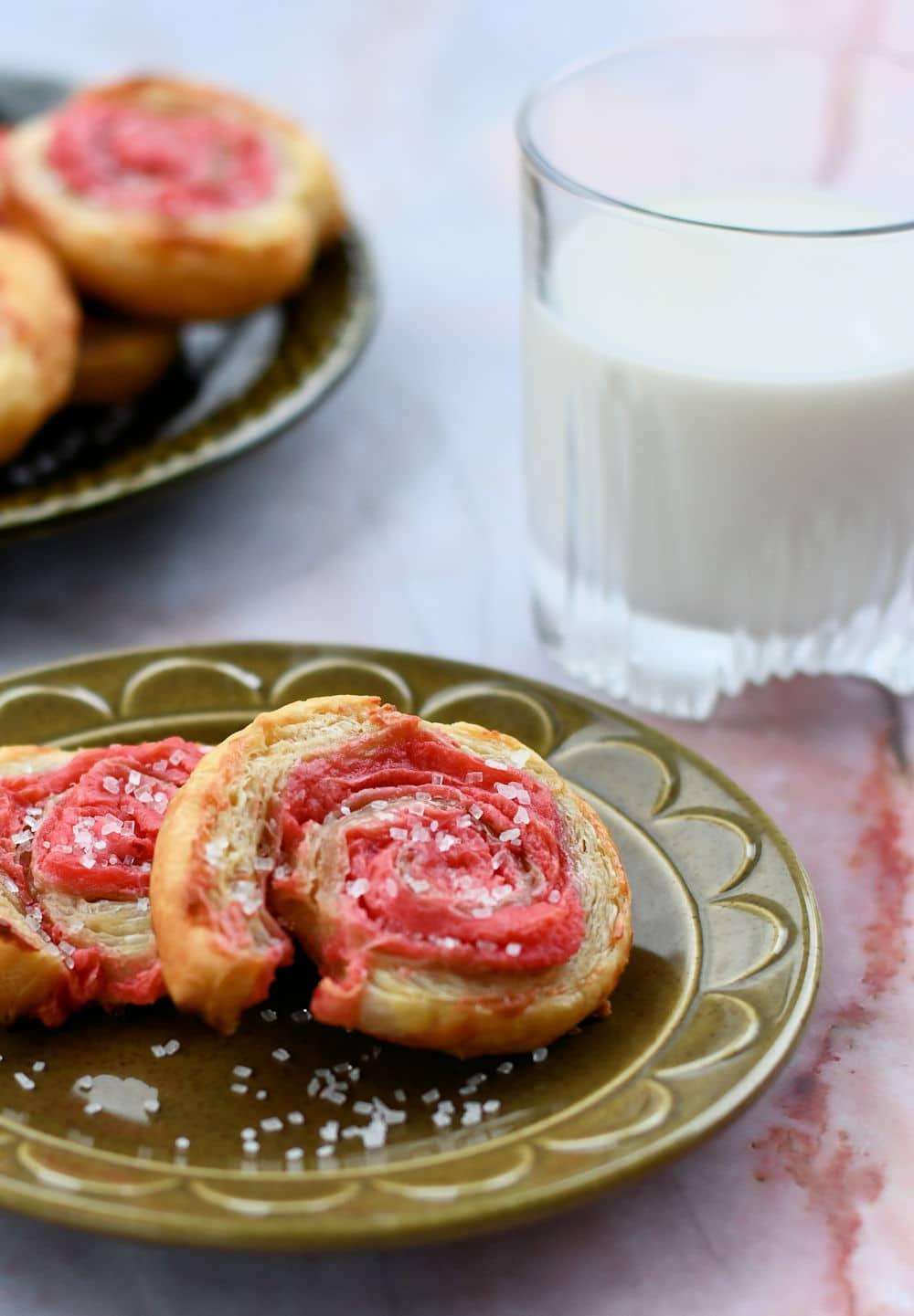 24Bite: Puff Pastry Raspberry Pinwheels Recipe by Christian Guzman