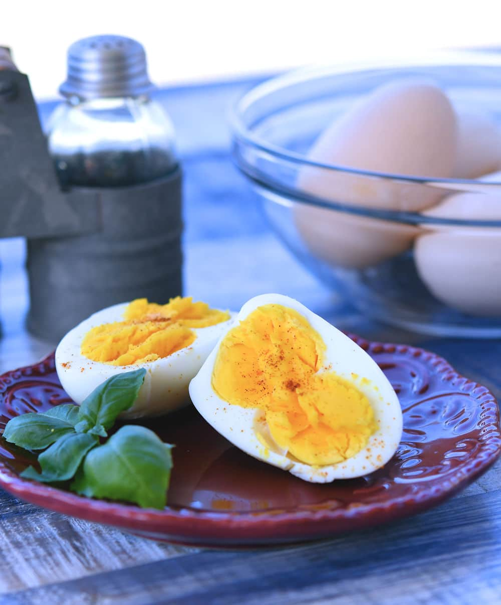 24Bite: Instant Pot Jumbo Boiled Eggs by Christian Guzman