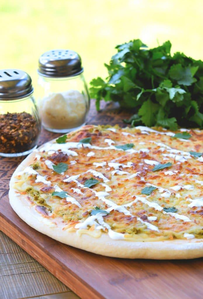 24Bite: Salsa Verde Chicken Pizza Recipe