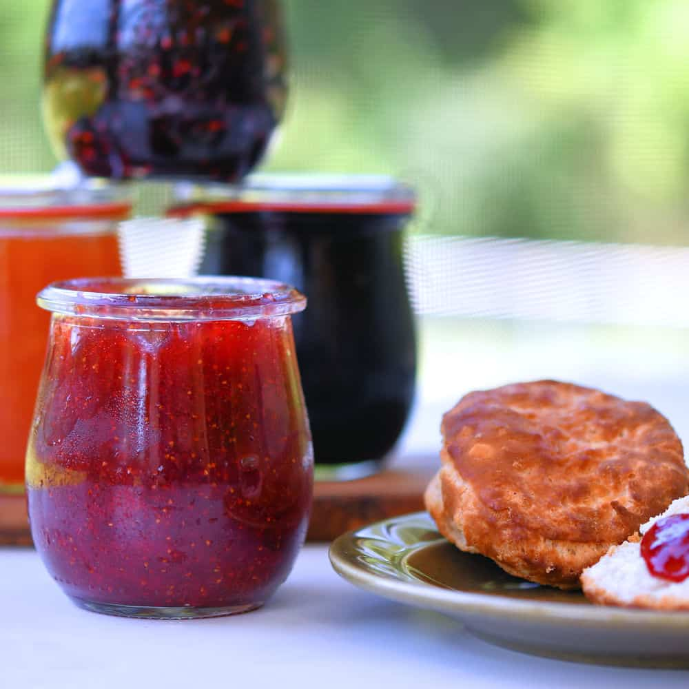 24Bite: 30 Minute One Jar Homemade Fruit Jam Without Pectin Recipe by Christian Guzman