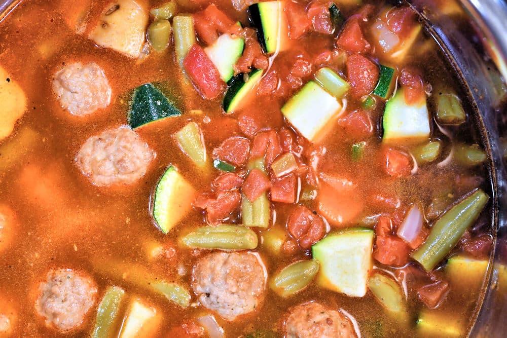 24bite: finishing up Albondigas Soup