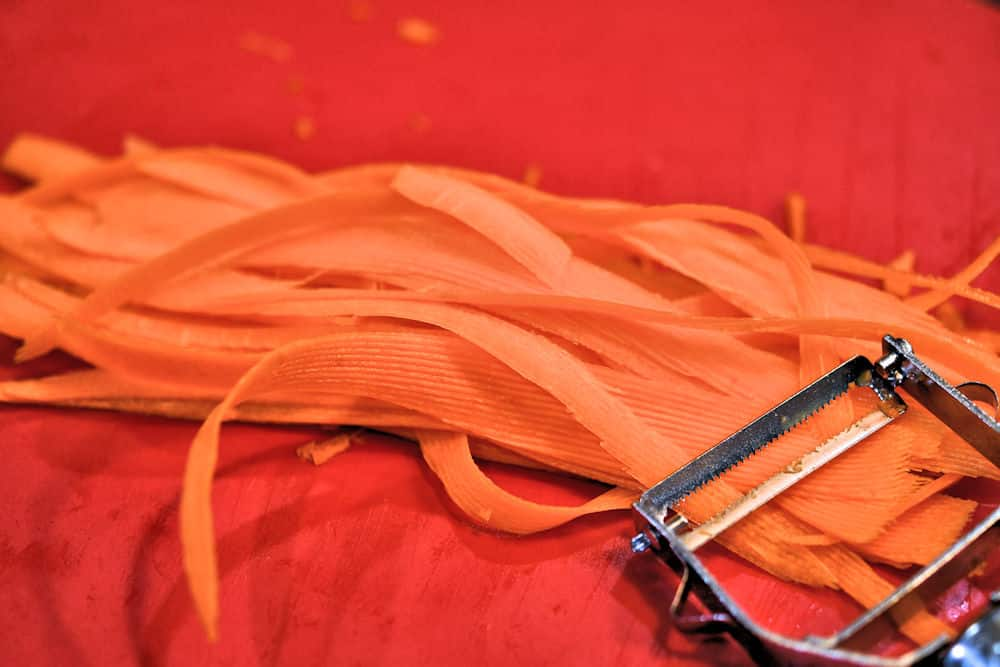 thinly sliced carrot
