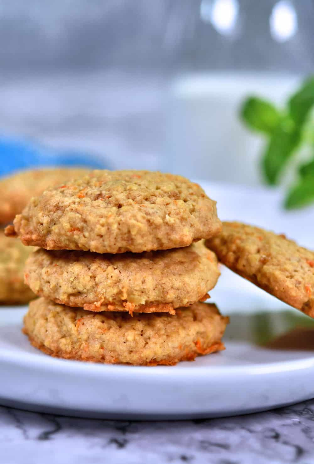 24Bite: Old Fashioned Oatmeal Carrot Cookie Recipe by Christin Guzman