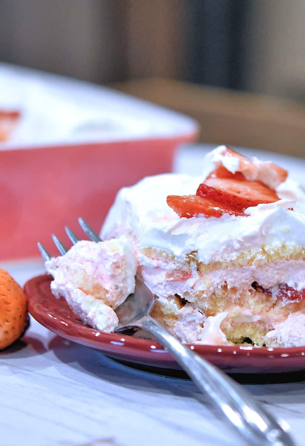 24Bite: Strawberry Tiramisu No Bake Layered Dessert Recipe by Christian Guzman