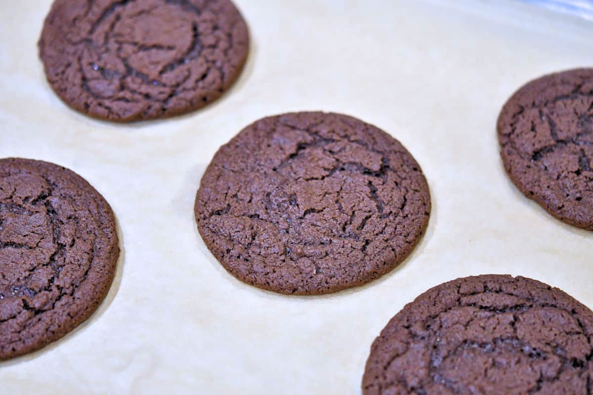 perfectly shaped cookies, fresh out of the oven