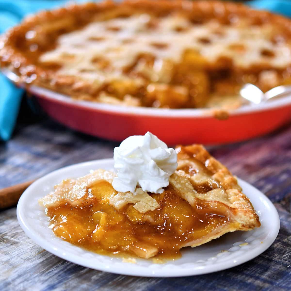 24Bite: Easy Southern Fresh Peach Pie Recipe by Christian Guzman