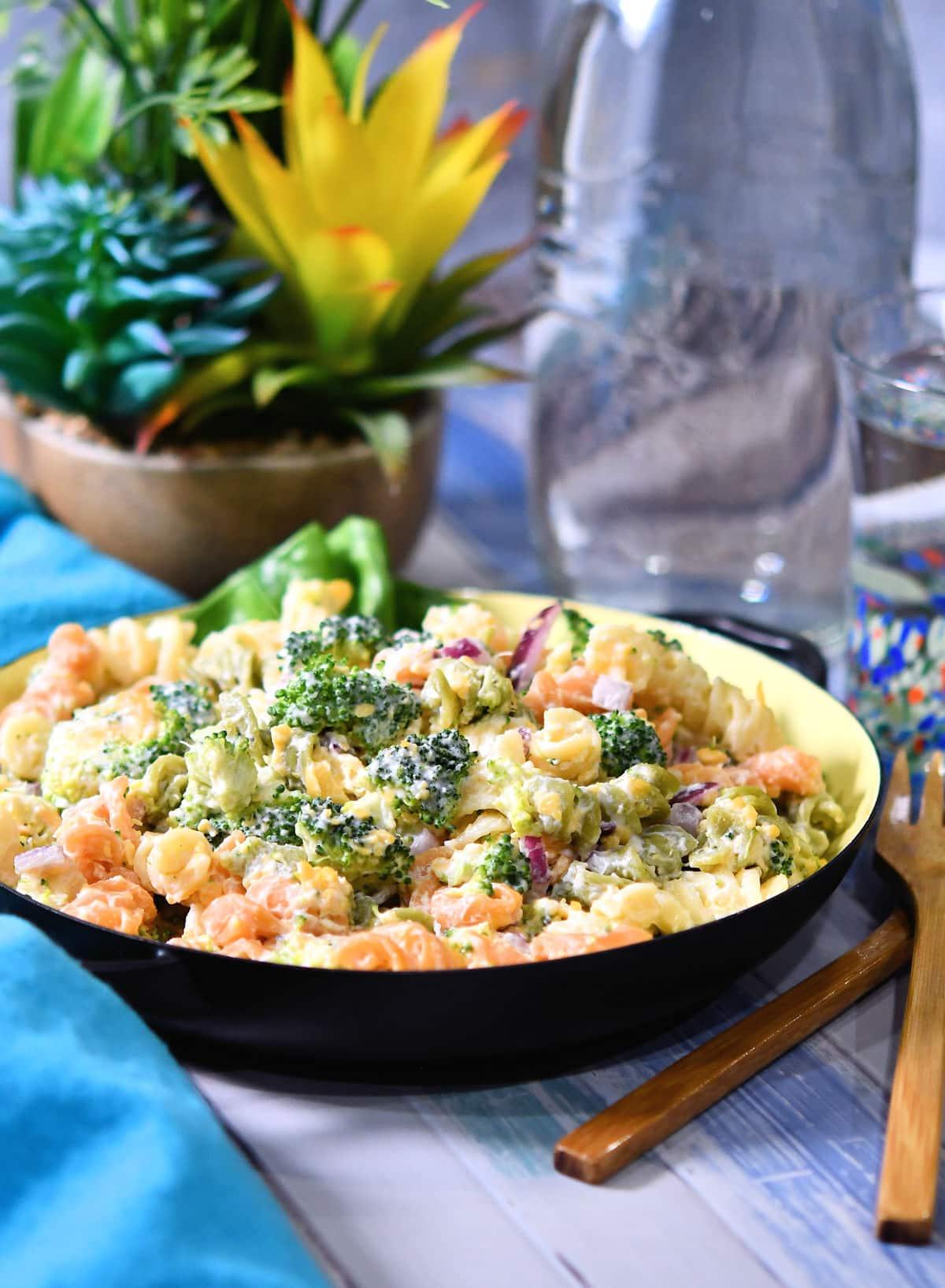 24Bite: Broccoli Cheddar Pasta Salad Recipe by Christian Guzman